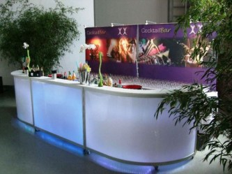 white-lounge-bar3